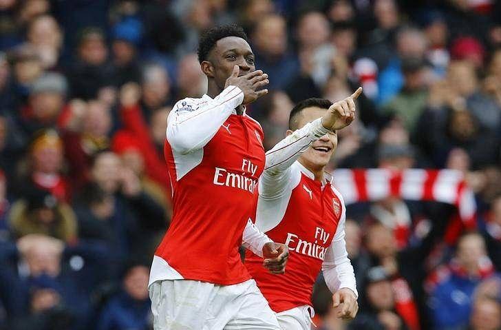 Welbeck returns to score late Arsenal winner