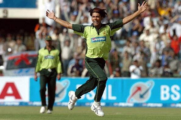 PSL: Mohammad Sami picks up 5 wickets as Islamabad United crush Karachi Kings