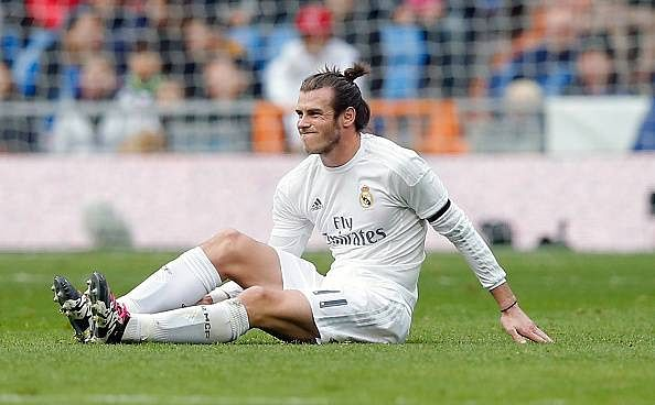 Is the pitch at Bernabeu to be blamed for Gareth Bale's injuries?
