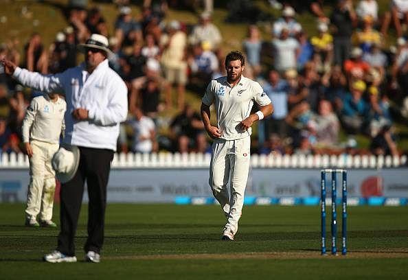 New Zealand's Doug Bracewell out of second Australia test