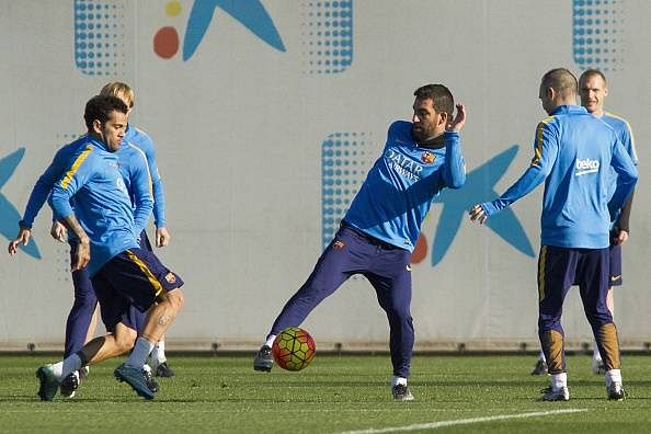 Chinese Super League teams make big money offers for Barcelona duo Daniel Alves and Arda Turan