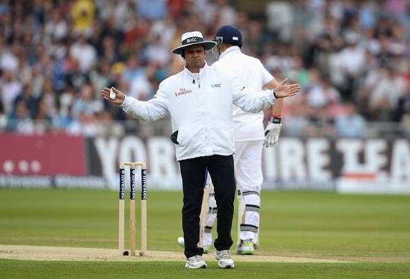 Behind every successful man there is a woman: The story of Aleem Dar