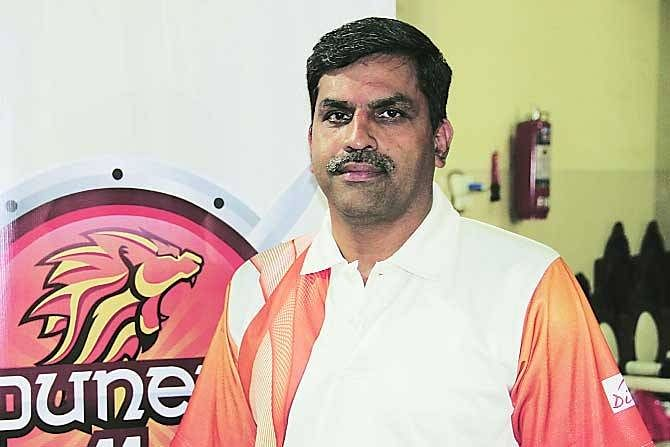 The signing of the services players has strengthened every team :   Ashok Shinde , Puneri Paltan coach