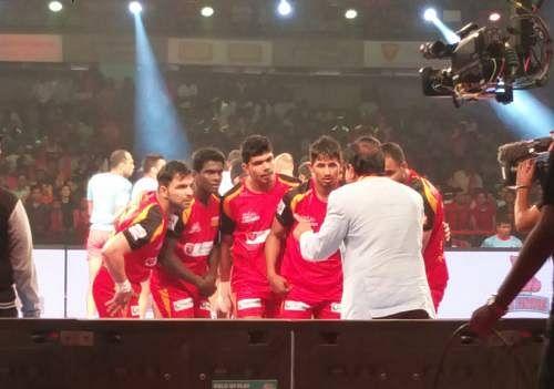Bengaluru Bulls 36-26 Jaipur Pink Panthers; The Bulls win their first match at home