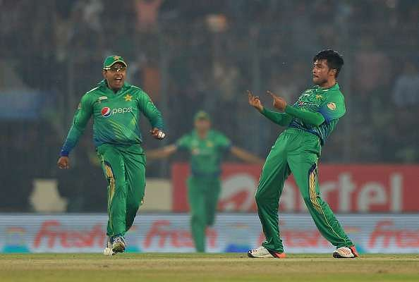 The stars of the game- Mohammad Amir and Virat Kohli - India vs Pakistan Asia Cup T20: Five talking points