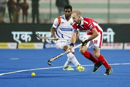 Dabang Mumbai beat Uttar Pradesh Wizards 2-1 to record second consecutive win
