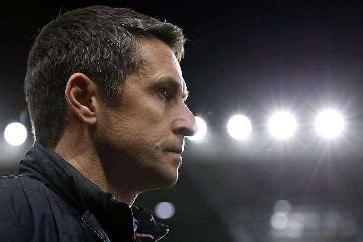 NEWSMAKER - Desperate Villa quietly call for changing of the Garde
