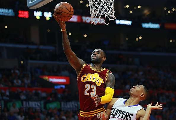 NBA Sunday round-up: Cleveland march on; Hawks inflict heavy loss on the Pacers
