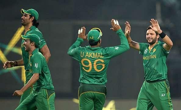 ICC T20 World Cup 2016: Sunil Gavaskar believes Pakistan's familiarity with Eden Gardens will hurt India