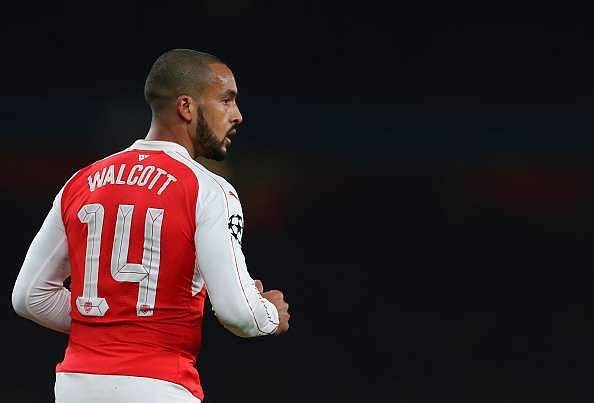 Theo Walcott says defeat to Tottenham can ruin a player's career