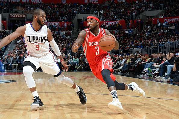 Indiana Pacers sign Ty Lawson; Milwaukee Bucks lose Michael Carter-Williams to injury