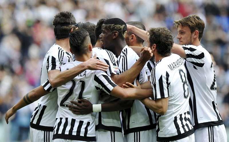 Juventus tighten grip on top spot, Totti saves Roma