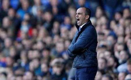 No plans to rest Everton players for Merseyside derby: Martinez