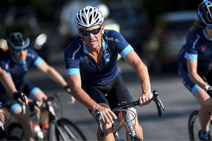 Lance Armstrong asks U.S. judge for summary judgment in lawsuit