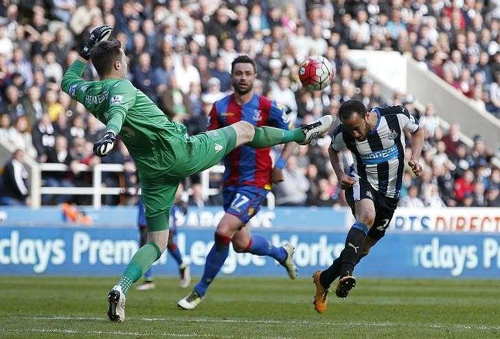 Townsend cracker lifts Newcastle out of relegation zone