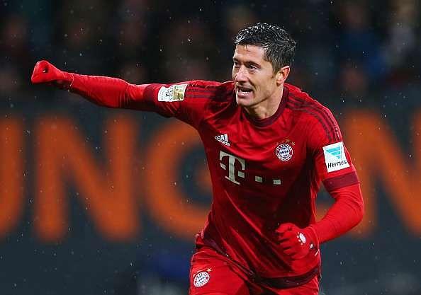 Bayern striker Lewandowski admits move to Premier League or La Liga interests him