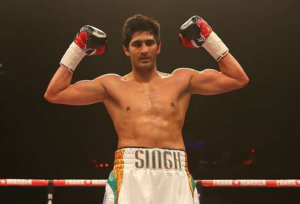 Vijender Singh extends unbeaten streak to five in his Pro-boxing career