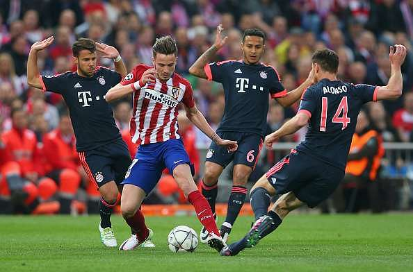 Saul wondergoal gives Atletico Madrid a precious 1-0 win as Guardiola's Bayern Munich falter