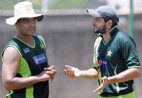 Waqar Younis blames Shahid Afridi for Pakistan's T20 fiasco