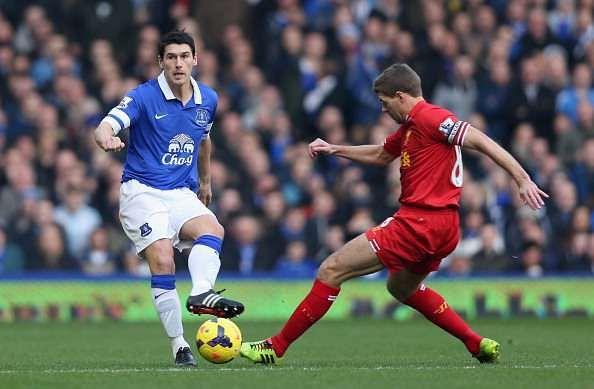 Everton midfielder Gareth Barry reveals Steven Gerrard wanted him at Liverpool