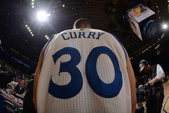 5 reasons why Stephen Curry is an anomaly unlike any we've ever seen before