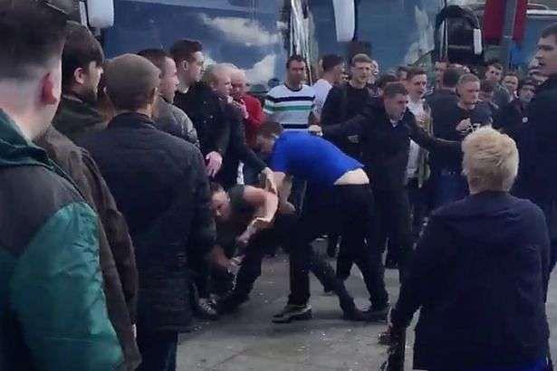 Man United Fans Fight 4
