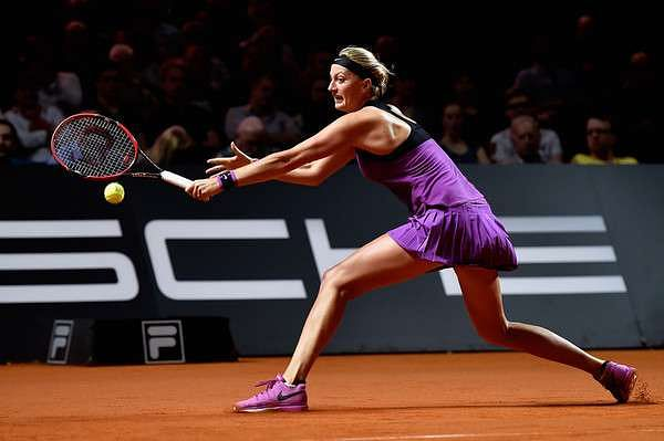 WTA Stuttgart Open: Petra Kvitova beats Garbine Muguruza, to meet Angelique Kerber in semis