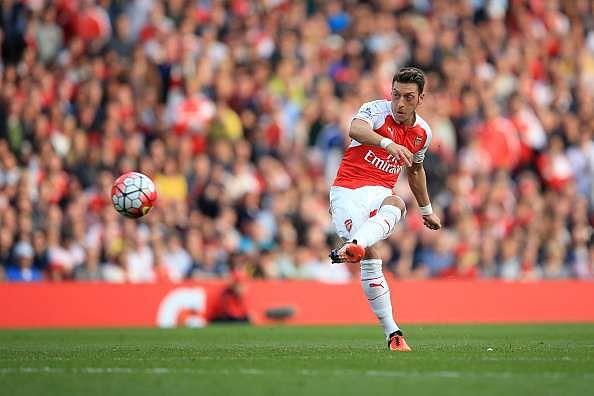 Stats: Mesut Ozil breaks Premier League record for most chances created in a season