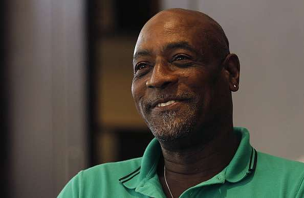 Viv Richards backs Darren Sammy in West Indies dispute