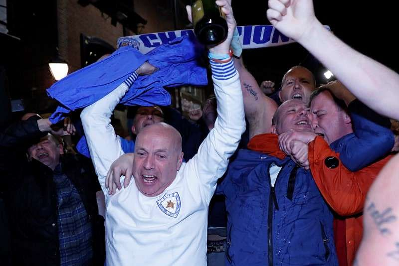 Ranieri turns back the clock to make Leicester champions