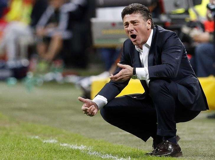 Soccer-Watford confirm Mazzarri as new manager