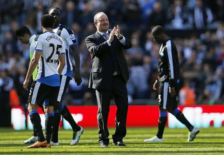 Benitez signs three-year deal to stay at relegated Newcastle