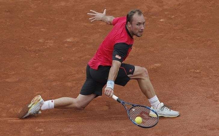 Roland Garros reeling as injured Nadal pulls out