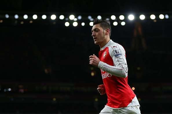 Mesut Ozil wins Arsenal's 2015/16 Player of the Season award
