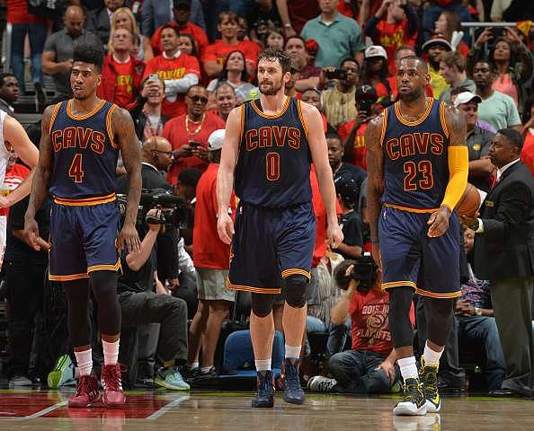 2016 NBA Playoffs: Cavs take commanding 3-0 lead; Spurs retake home court advantage