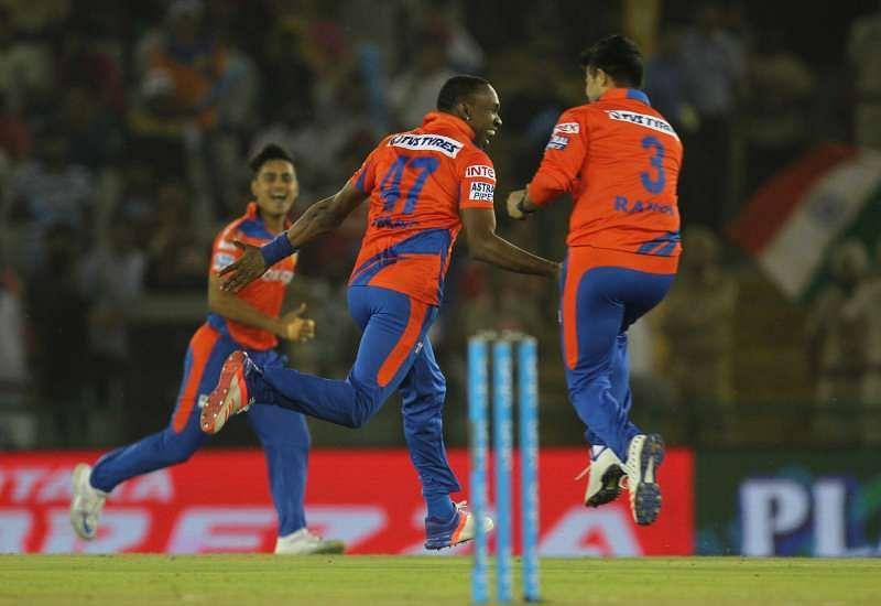 10 best bowling spells in IPL 2016