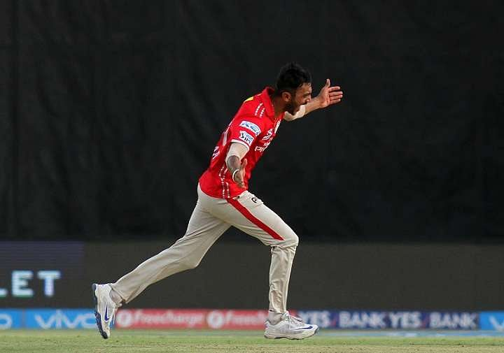 Another blow for Pune, now Smith out of IPL with wrist injury
