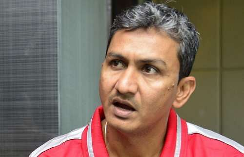 India vs Zimbabwe 2016: Sanjay Bangar named interim head coach, Abhay Sharma named fielding coach