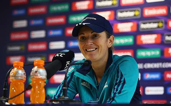 England veteran Charlotte Edwards announces retirement from international cricket
