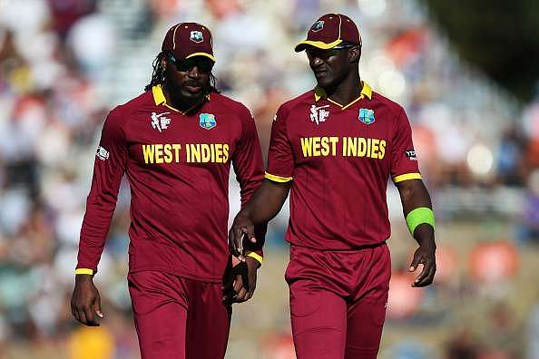 IPL 2016: Darren Sammy defends Chris Gayle, says he is a soft target for media