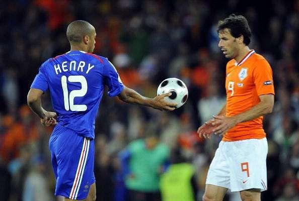 5 memorable golden boot rivalries in England