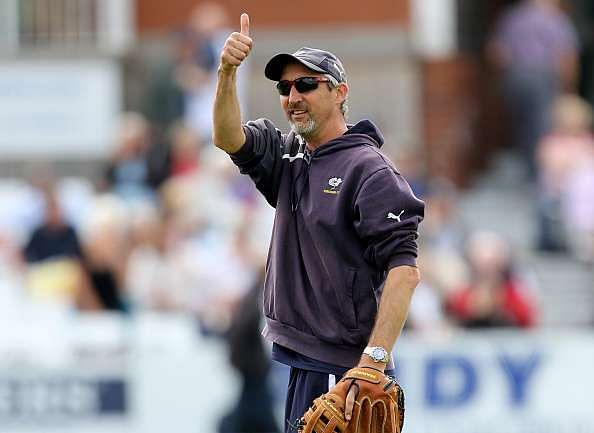 Reports: Jason Gillespie favourite for the vacant Australian bowling coach job