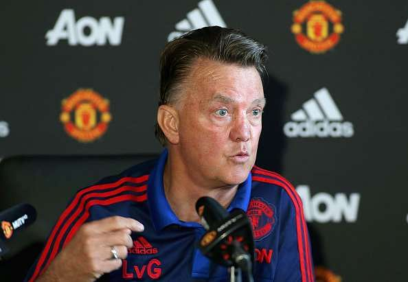 Louis Van Gaal blames Manchester United legends for turning fans against him