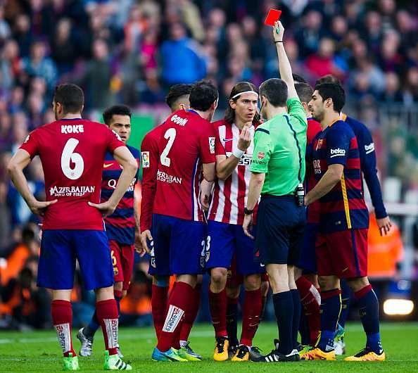 Barcelona legend Xavi defends Messi over alleged special treatment