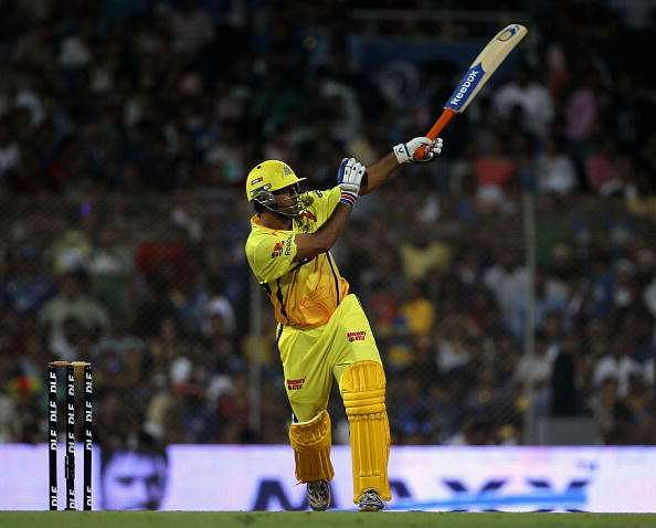 3 instances when MS Dhoni finished an IPL game with a six