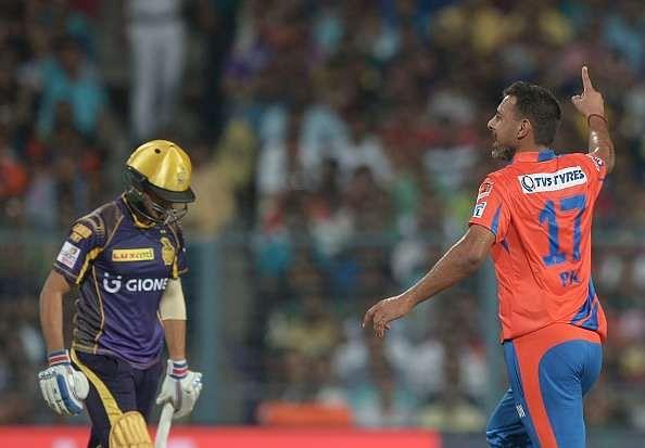 IPL 2016: Praveen Kumar was pleasantly surprised to see grassy wicket at Eden Gardens