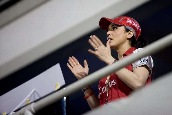 IPL 2016: Preity Zinta allegedly threatens to sack Sanjay Bangar after loss to RCB - Reports