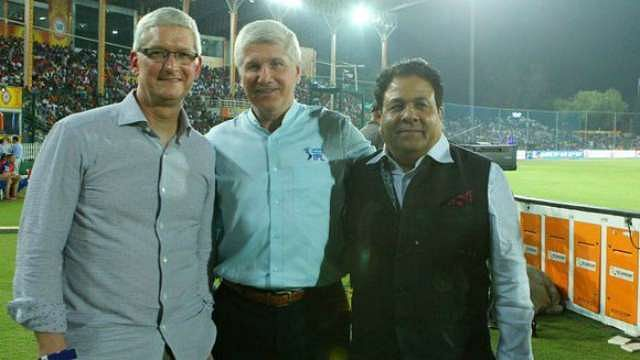 Why IPL sponsor VIVO is upset about Apple CEO Tim Cook's royal reception during an IPL 2016 match
