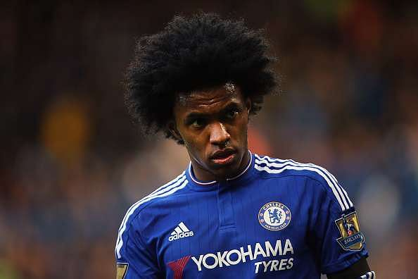 Guus Hiddink urges Chelsea not to offload Willian to Chinese Super League