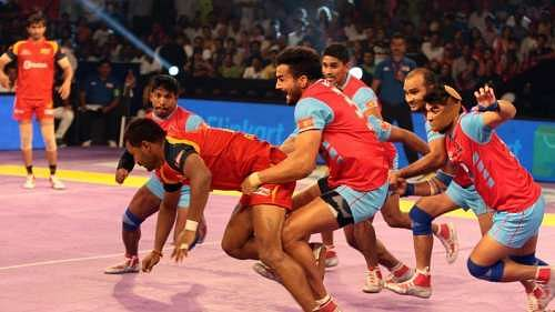 Pro Kabaddi 2016, Season 4: Jaipur Pink Panthers vs Bengaluru Bulls Preview: Match Prediction, Time, Venue, Playing Squads & Live Match Telecast info